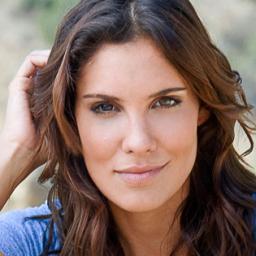 Daniela Ruah está grávida. Saibam como a actriz deu a notícia aos fãs.
