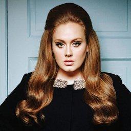Adele interrompeu o concerto para dar 1 raspanete a uma fã