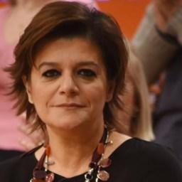 Júlia Pinheiro obrigada a fechar a sua revista online!