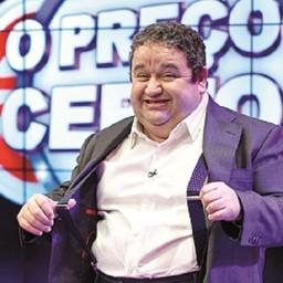 Fernando Mendes a um passo de deixar a RTP e rumar à TVI