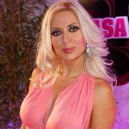 Agnes Arabela garante que irá comentar futebol na RTP3
