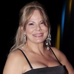 Cristina Caras Lindas critica TVI