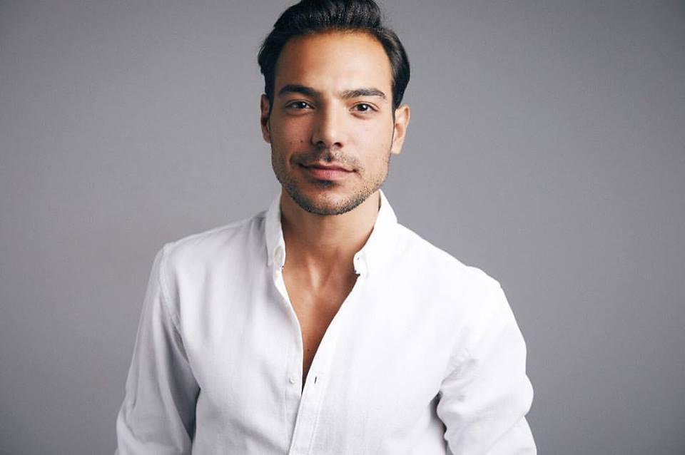 Tiago Aldeia: actor despe-se e mostra-se em boxers! | ComFoto!