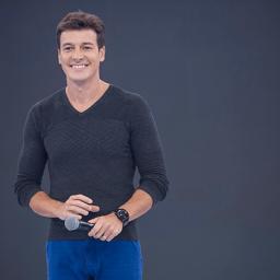 Rodrigo Faro renova contrato com a Record TV por mais 5 anos