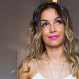 Bronca: Selecção Nacional recusa música de Luciana Abreu como hino! | COM VÍDEO!