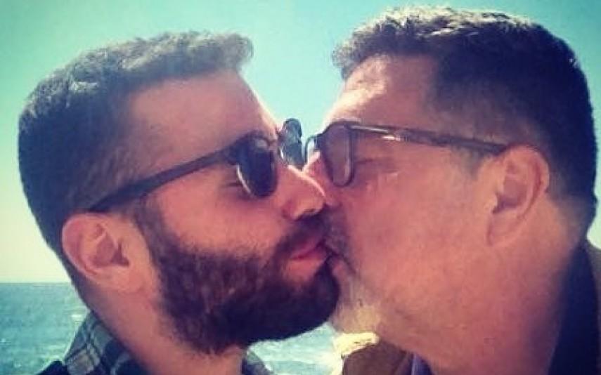 nova-gente-63693-noticia-jose-carlos-malato-apresentador-assume-ser-gay-e-partilha-foto-aos-beijos_0.jpg