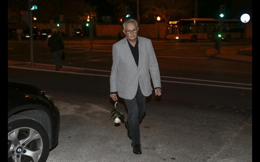 vip-pt-35220-noticia-helena-ramos-morre-aos-64-anos-dor-e-emocao-no-ultimo-adeus-fotos_4.jpg