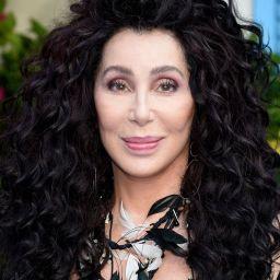 """Cher: há 20 anos a cantora colocava o mundo inteiro a cantar e a dançar o seu tema """"Believe"""""""