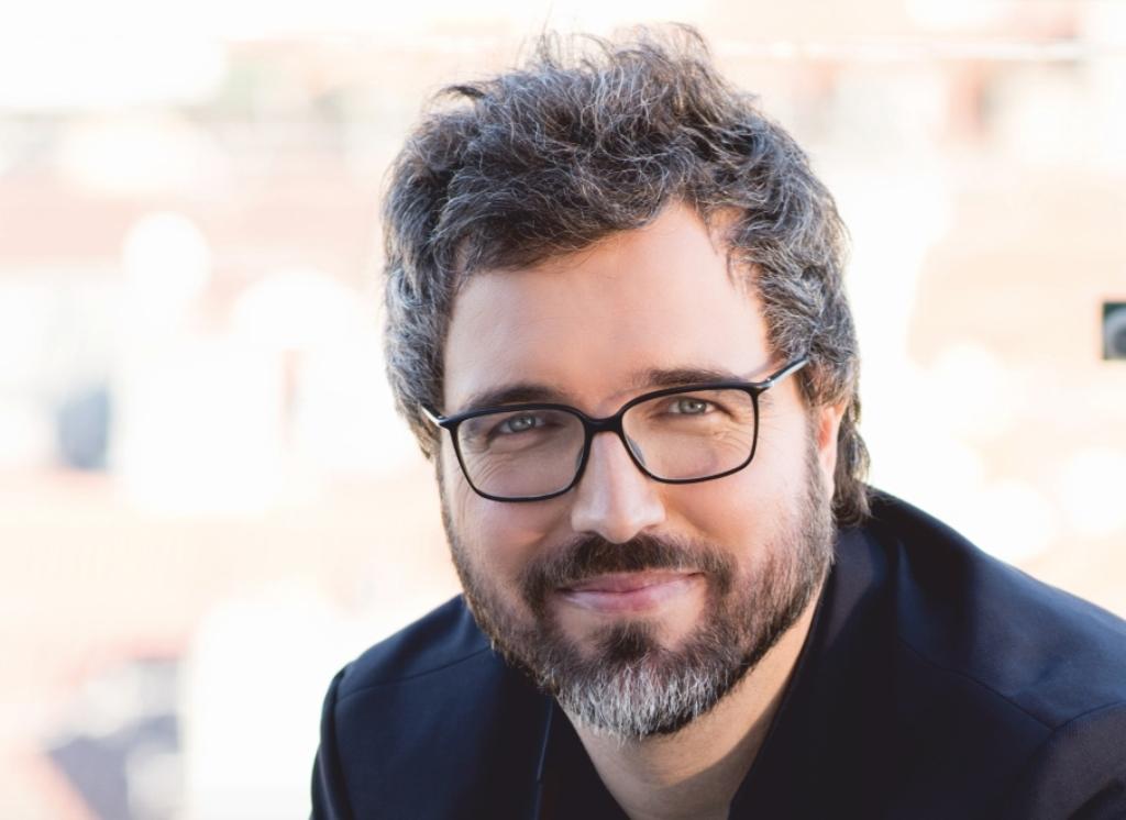 """Pedro Chagas Freitas: escritor está revoltado: """"Umnojo"""""""
