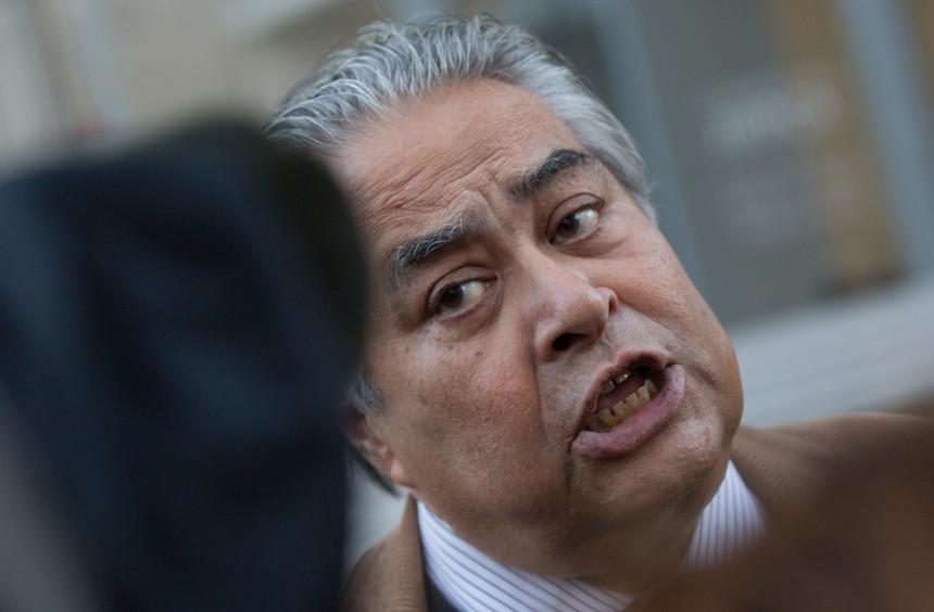 João Araújo: advogado mandou jornalista tomar banho e agora paga multaavultada