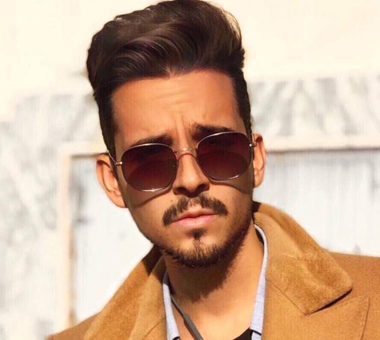 Pedro Madeira: cantor torna-se apresentador deTV