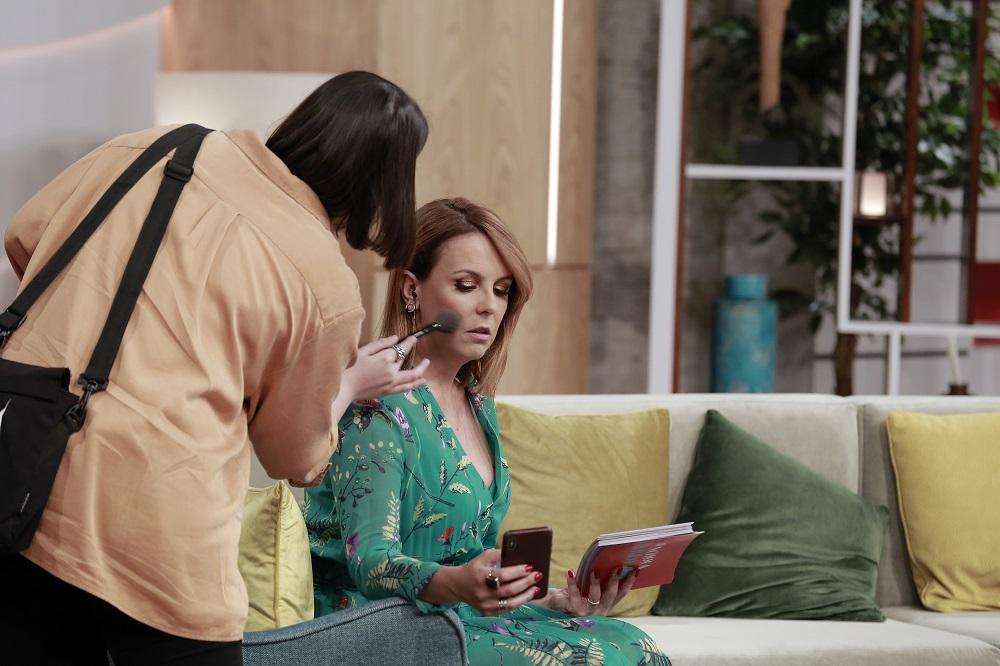 """""""A Nossa Tarde"""": novo programa de Tânia Ribas de Oliveira venceTVI"""