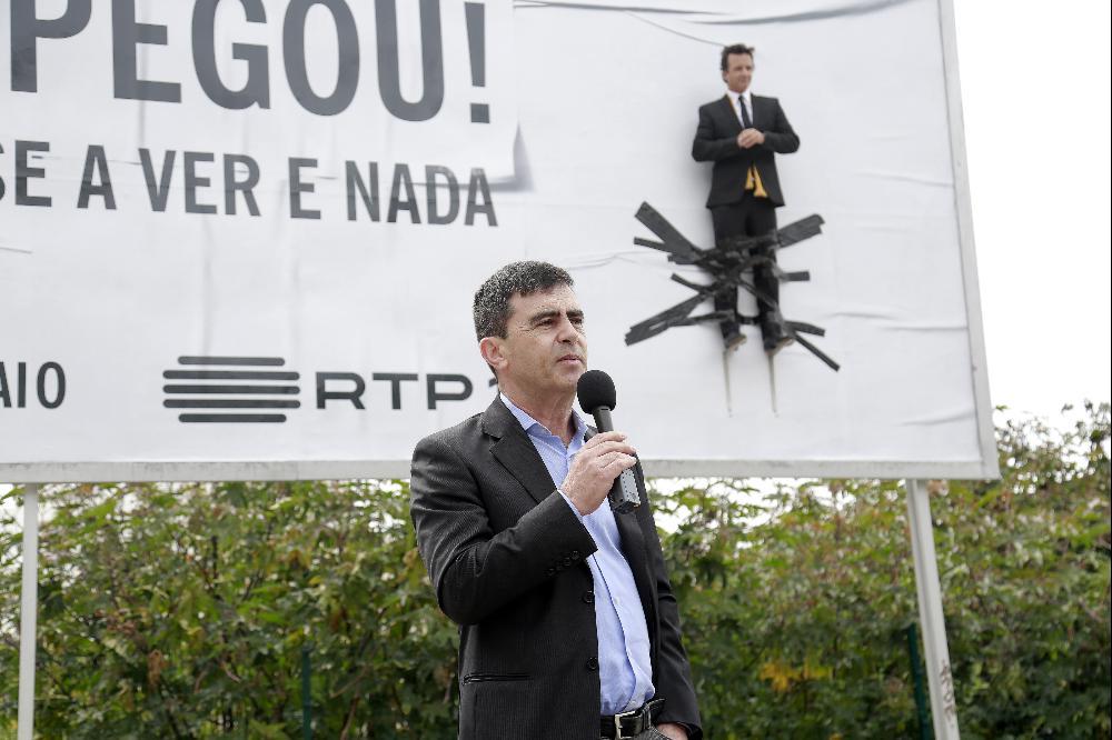 José Pedro Vasconcelos: novo programa estreia sexta mas é empurrado para depois das23h30