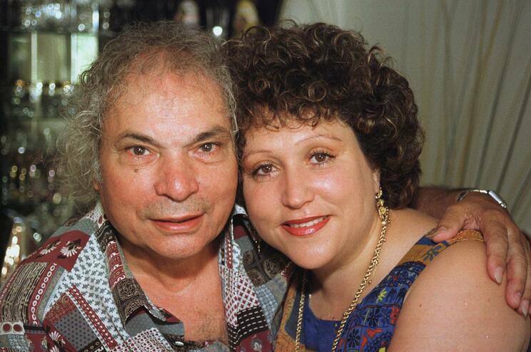José Crispim: mulher do cantor deixa mensagememotiva