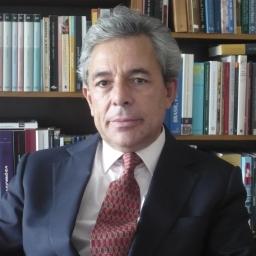 Carlos Fino prepara-se para lançar novo livro