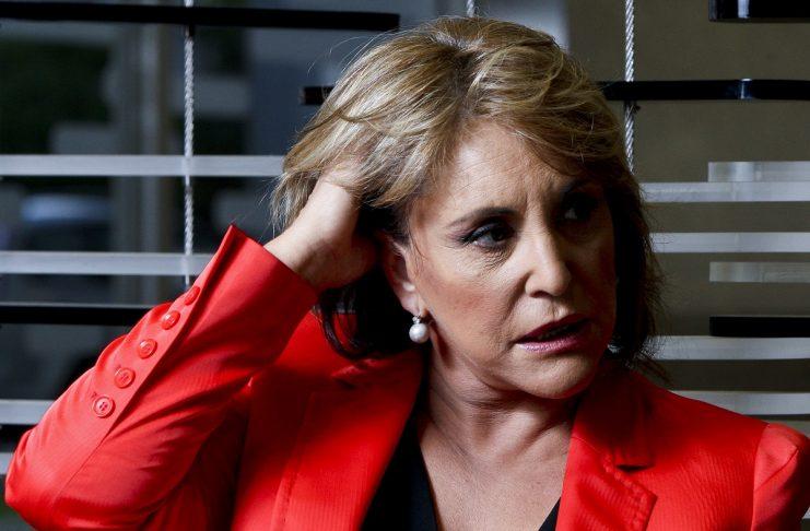 """""""Portugal em Direto"""": sobe, sobe, Dina sobe sem parar, deixando a SIC paratrás"""