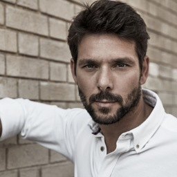 Jorge Corrula: o charmoso actor despiu-se e mostrou o rabo | Vejam a foto!