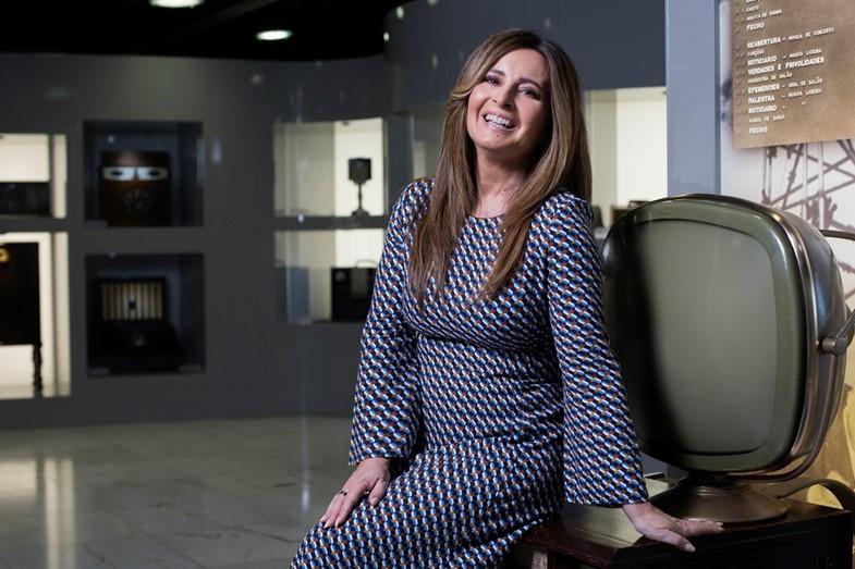 Serenella Andrade imparável: vence SIC eTVI