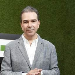 Nuno Santos troca Canal 11 pela TVI e substitui Felipa Garnel