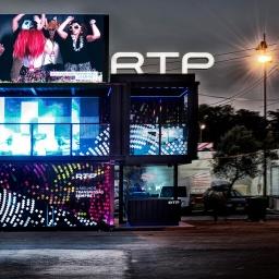 RTP contrata humorista que criticou canal público