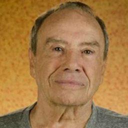 ÚLTIMA HORA: TV Globo demitiu o actor Stênio Garcia