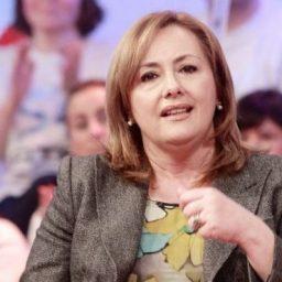 Fátima Campos Ferreira questiona declarações da Directora-Geral de Saúde