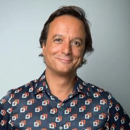 José Pedro Vasconcelos: apresentador da RTP chamado para anúncio publicitário