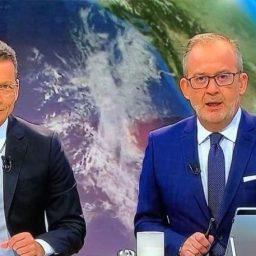 """""""Jornal das 8"""" chuta """"Telejornal"""" para terceiro lugar"""