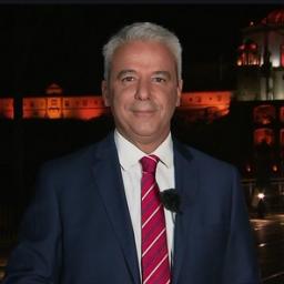 """TVI ´obriga´ João Fernando Ramos a apresentar """"Jornal da 1"""""""