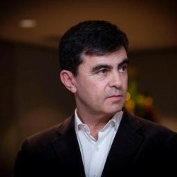 Revolta na RTP: José Fragoso prefere contratar ex-estrelas da concorrência, a chamar apresentadores da estação